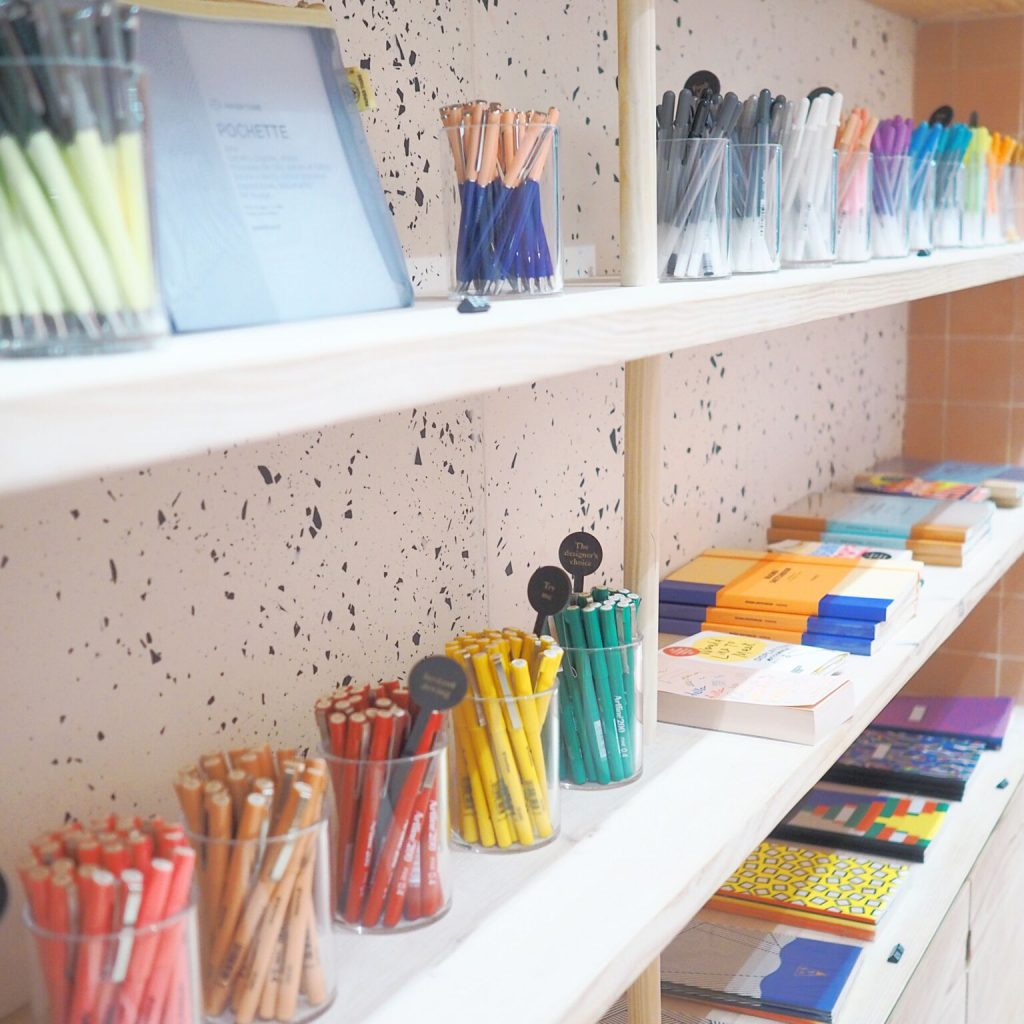 15 חנויות העיצוב היפות בלונדון Fashion Tails Luba Shraga