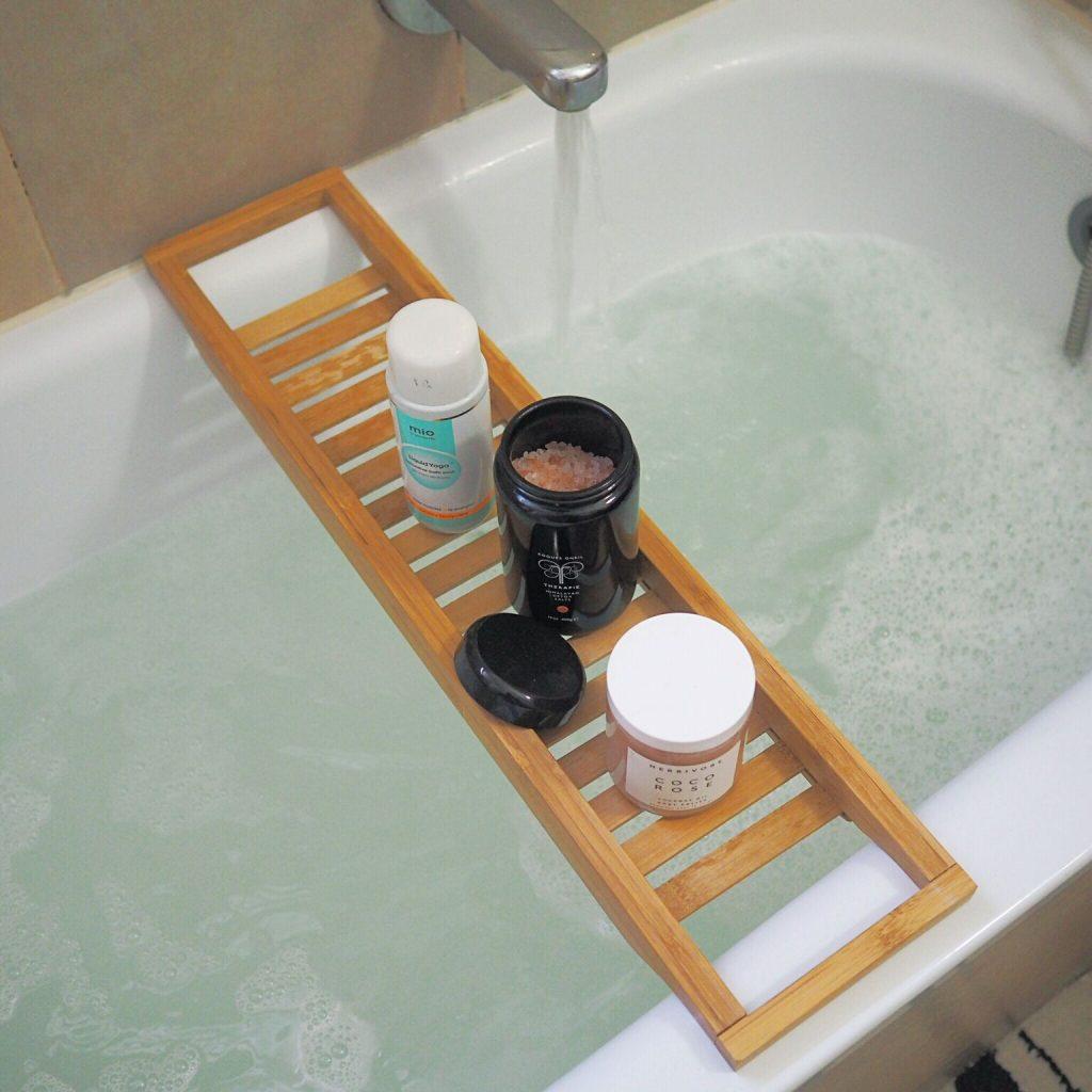 המדריך לאמבטיה מושלמת Fashion Tails Luba Shraga